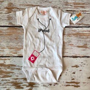 NWT SaraKety baby onesie sz 6-12 month